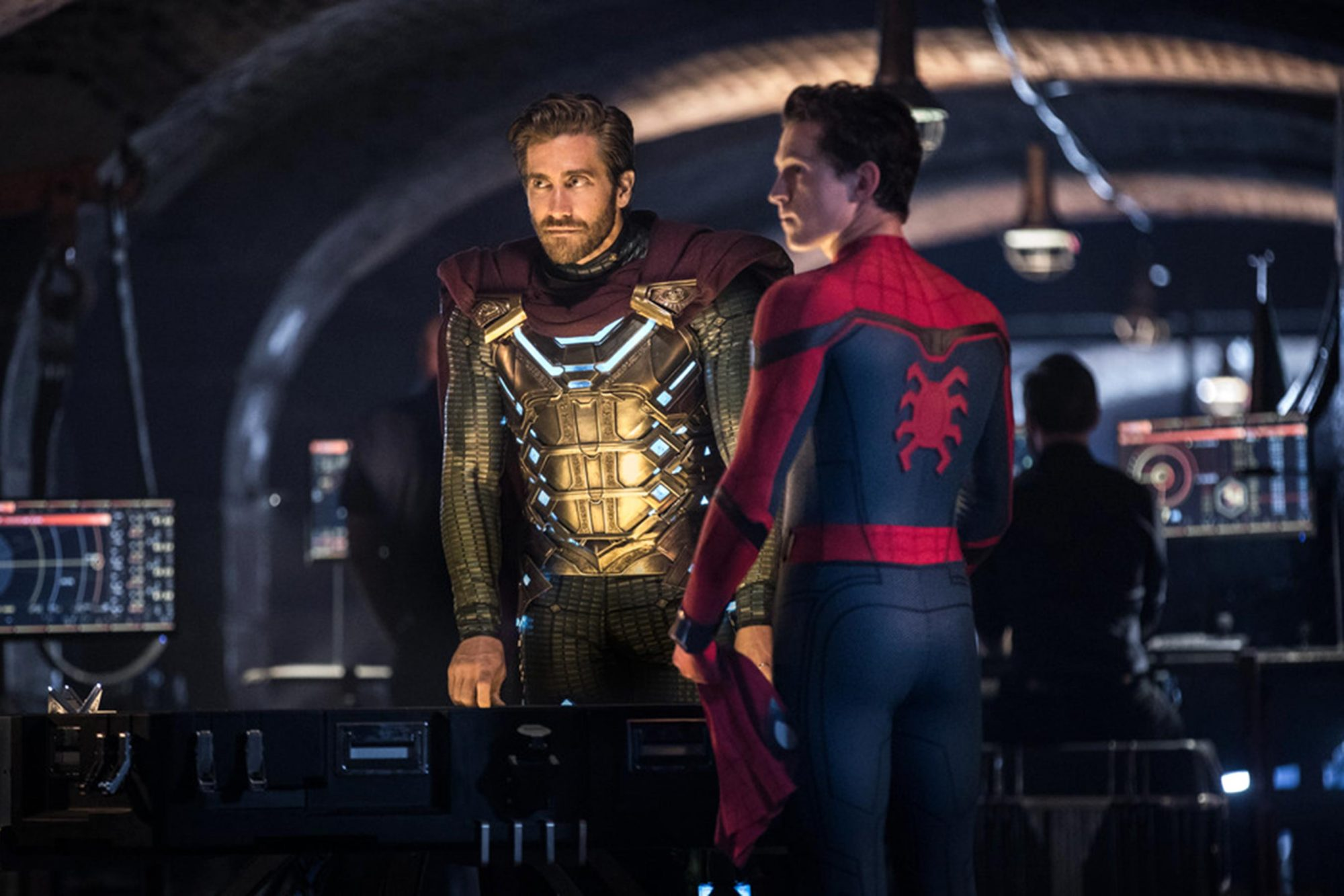 Spider Man Far From Home Costume Designer On Spidey And Mysterio S New Looks Ew Com