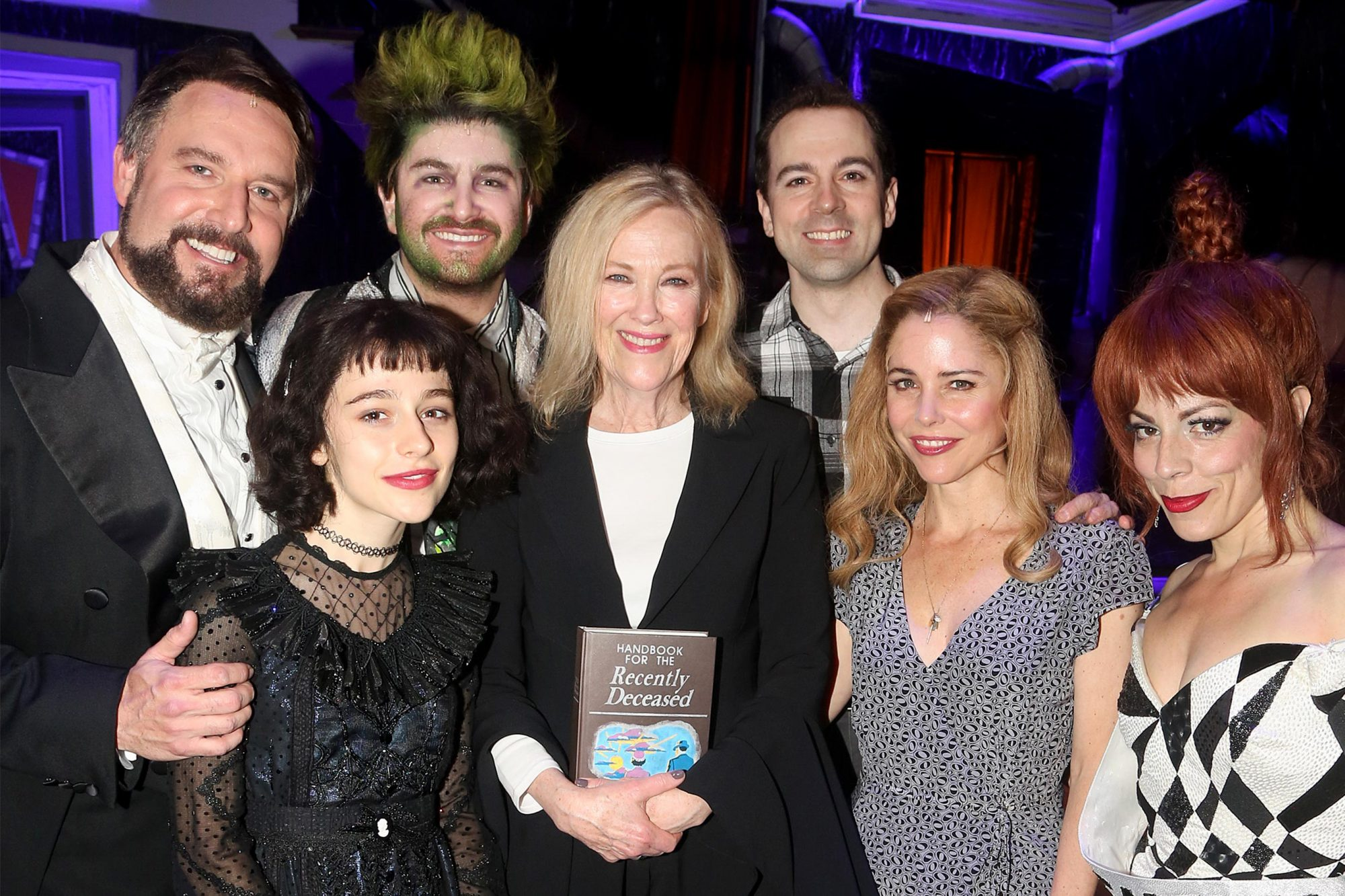 Watch Catherine O Hara Visit The Cast Of Broadway S Beetlejuice Ew Com