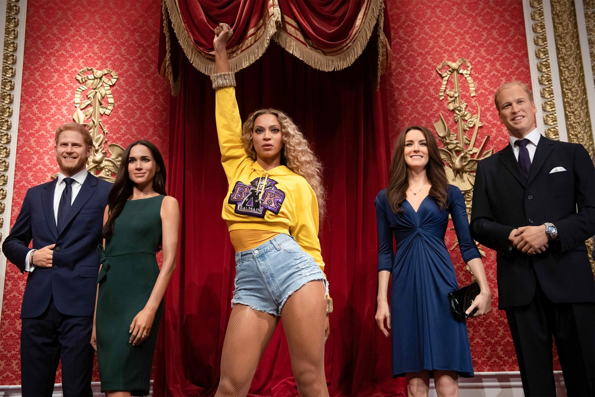 Beyonce's wax figure has joined England's royal family at Madame Tussauds    EW.com