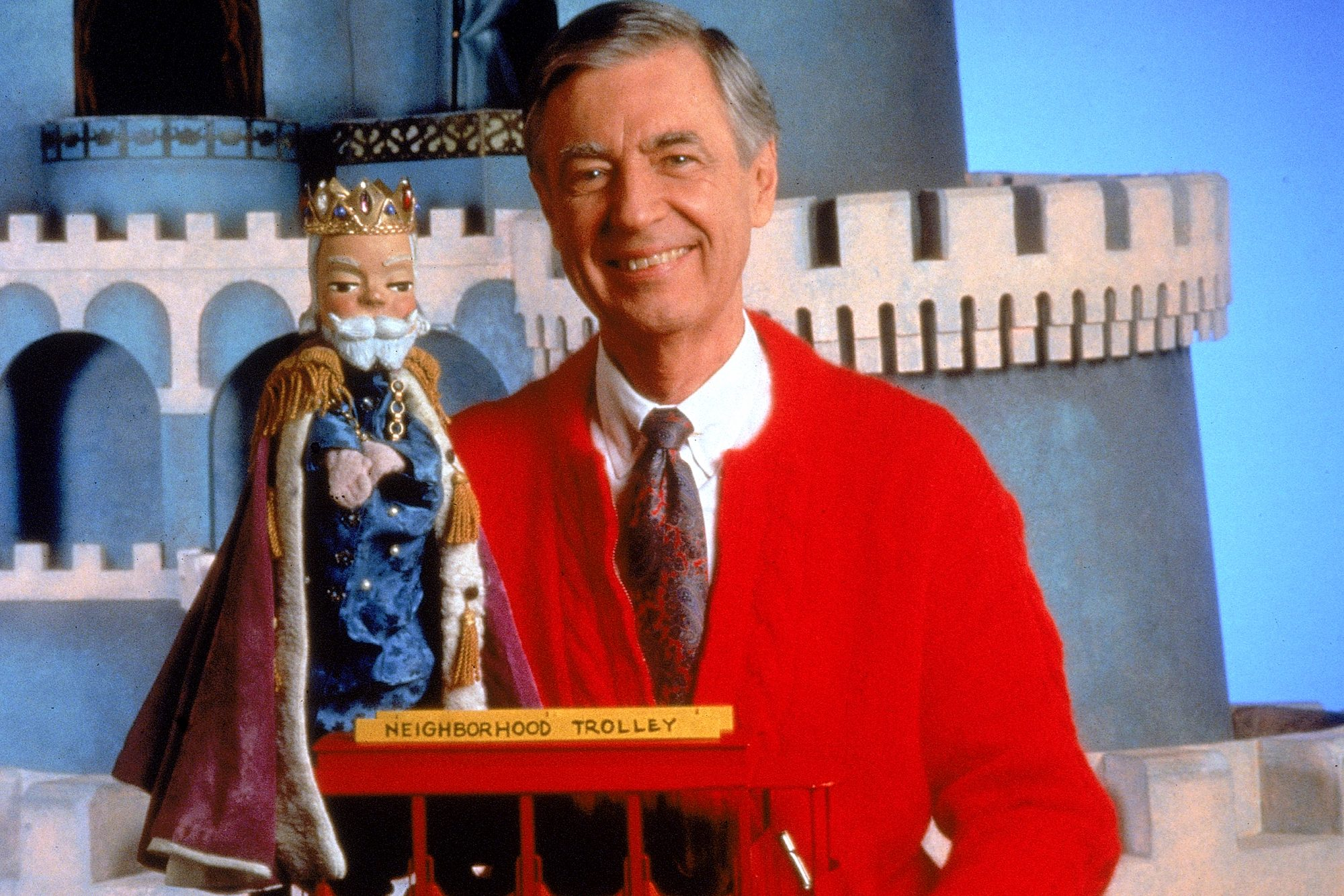 Remembering Mister Rogers A True Life Helper In The World Ew Com