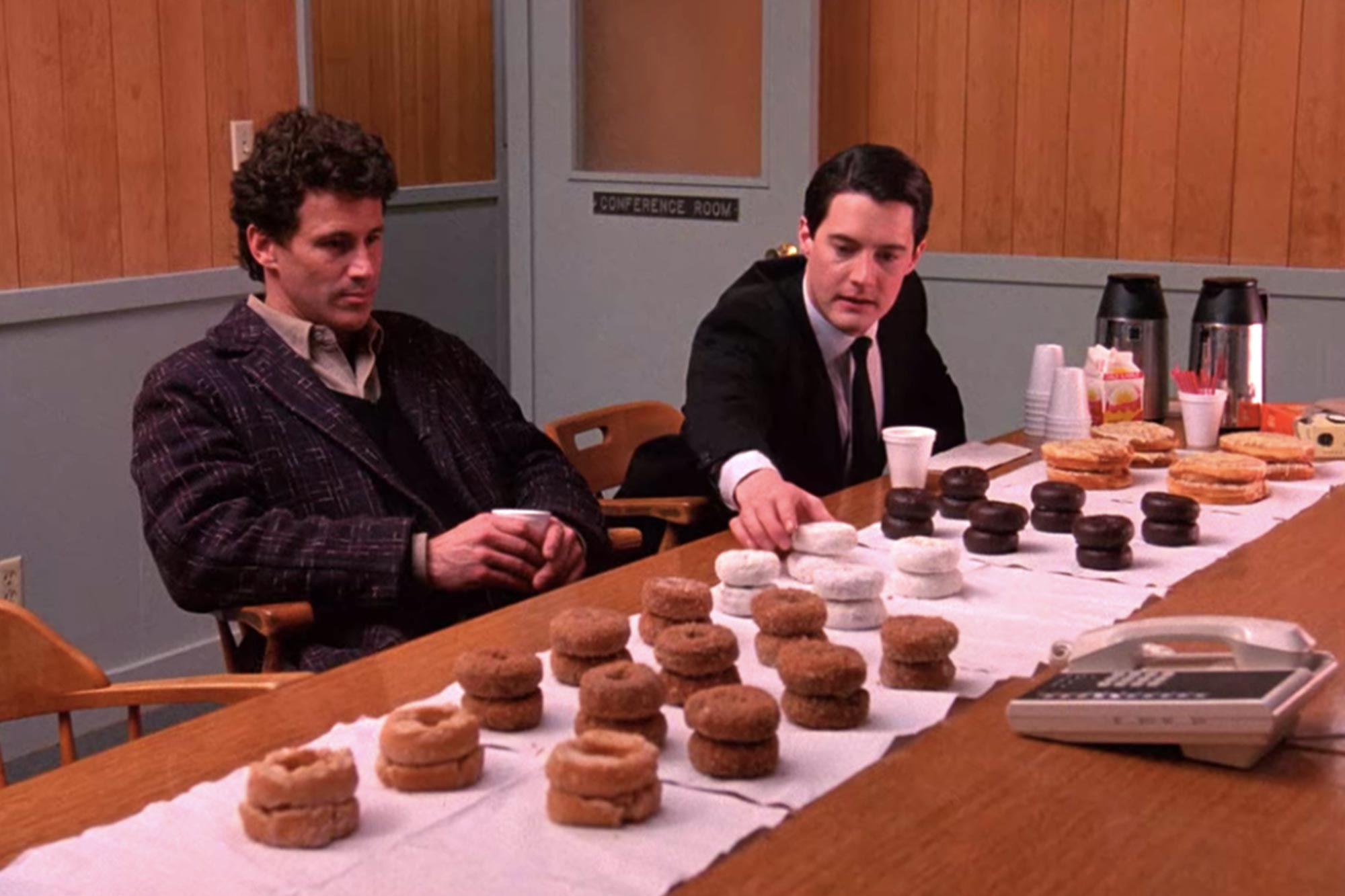 Twin Peaks | 25 Highest Rated TV Shows of All-Time | Popcorn Banter
