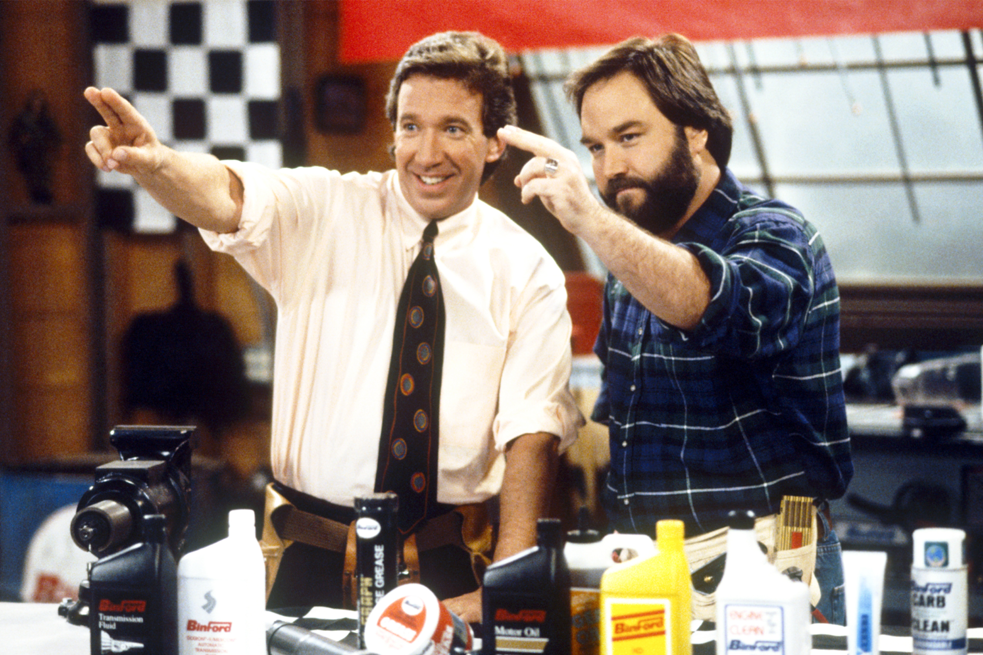 Home Improvement Stars Tim Allen Richard Karn To Reunite For Building Competition Ew Com