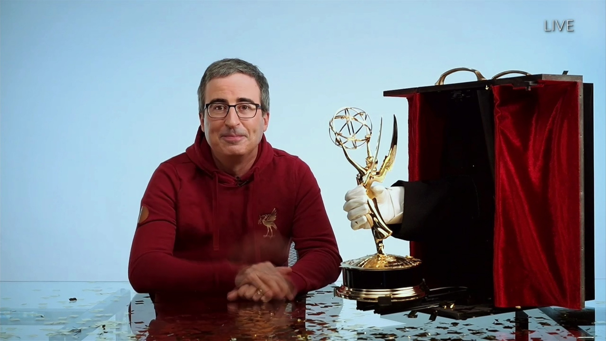 Last Week Tonight wins Emmy for Outstanding Variety Talk Series | EW.com