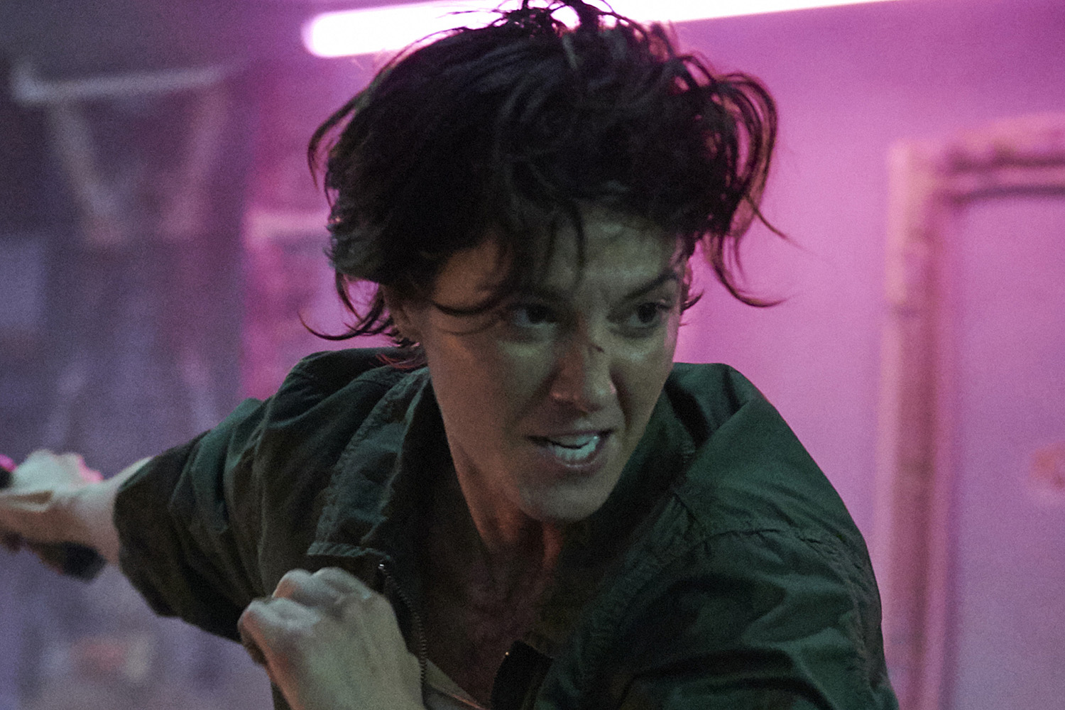 Kate review: Mary Elizabeth Winstead leads Netflix's red-meat female  assassin thriller   EW.com