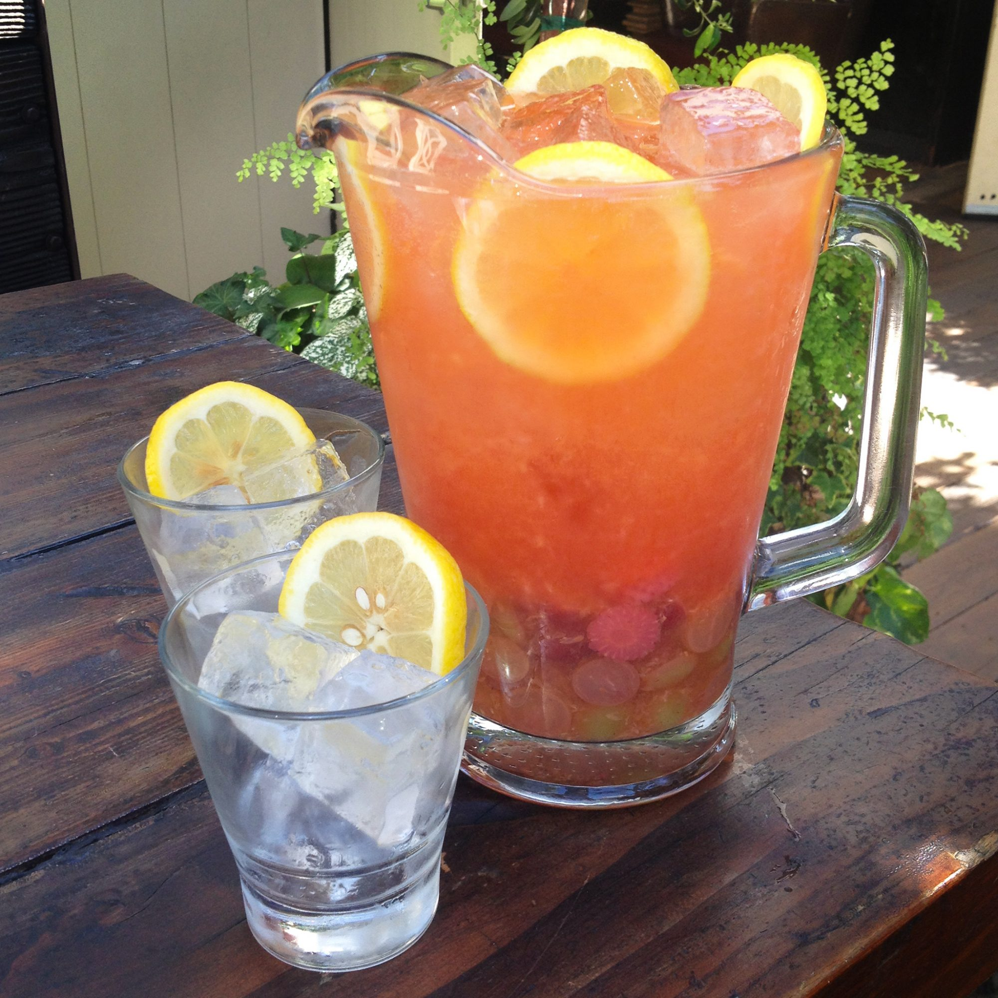 Easy Pitcher Drinks You Need To Make This Summer Food Wine